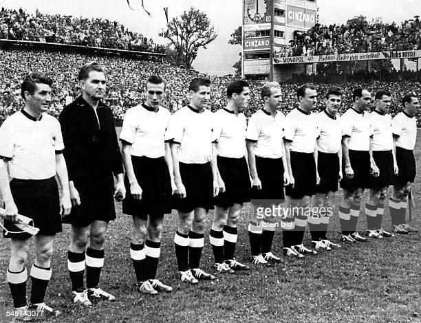 1954 FIFA World Cup in Switzerland Lineup of the German national team before the final against Hungary in Bern's Wankdorf Stadium before 65000...
