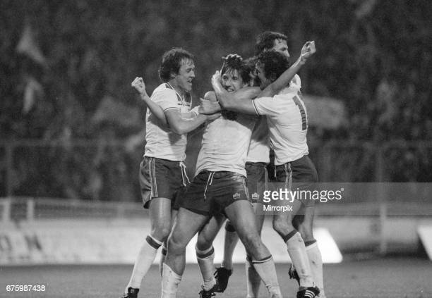 World Cup Qualifying match at Wembley Stadium England defeated Hungary by 1 goal to 0 to qualify for the 1982 tournament in Spain Paul Mariner...