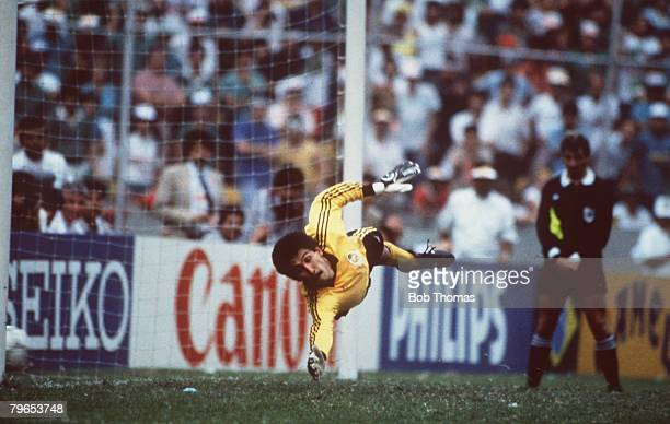 World Cup Quarter Final Azteca Stadium Mexico 21st June West Germany 0 v Mexico 0 Mexican goalkeeper Pablo Larios dives in vain as West Germany...