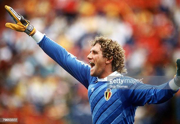 World Cup Quarter Final Puebla Mexico 22nd June Belgium 1 v Spain 1 Belgian goalkeeper Jean Marie Pfaff shouts out instructions to his defenders