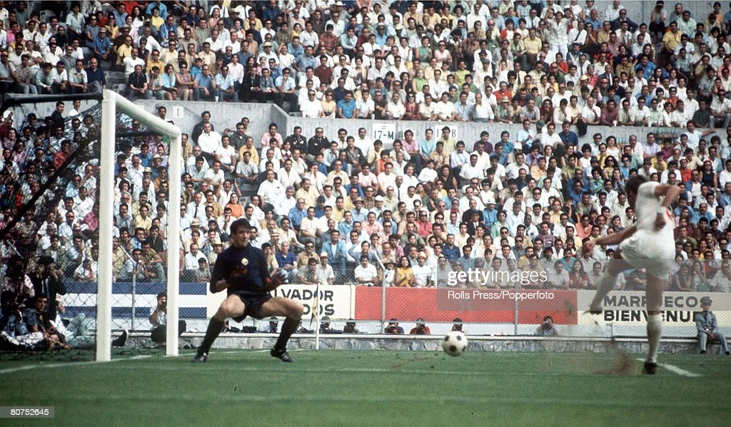 World Cup Quarter-Final, 1970 Leon, Mexico. England 2 v West Germany 3. 14th June, 1970. England's Geoff Hurst scores the game's only goal past romanian goalkeeper Stere Adamche. : News Photo