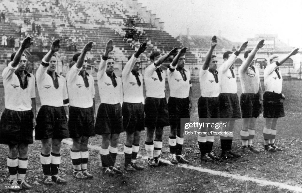 World Cup Quarter-Final, 1934. San Siro Stadiun. Milan, Italy. 31st May, 1934. Germany 2 v Sweden 1. The German team give the Nazi salute before the kick-off. : News Photo