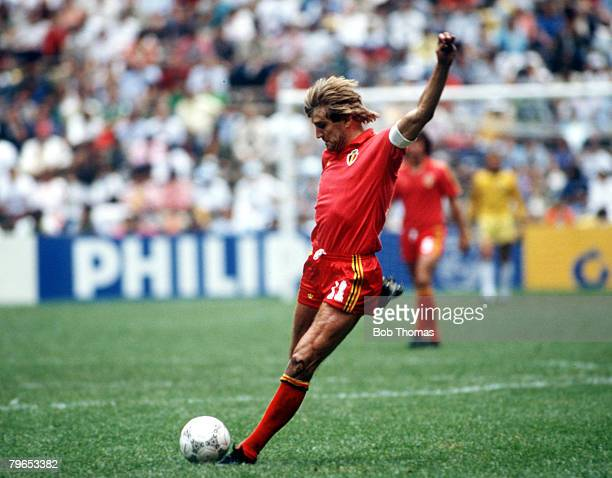 World Cup Semi Final Azteca Stadium Mexico 25th June Argentina 2 v Belgium 0 Belgium's Jan Ceulemans on the ball