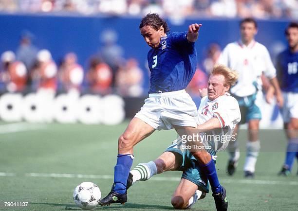 World Cup SemiFinal New Jersey USA 13th July Italy 2 v Bulgaria 1 Italy's Antonio Benarrivo beats Bulgaria's Ilian Kiriakov