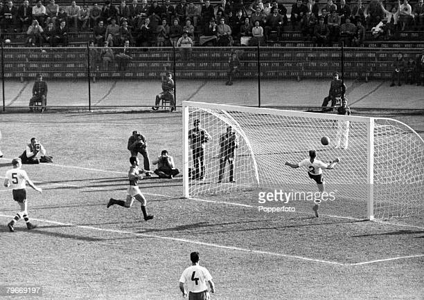 World Cup SemiFinal Viûa Del Mar Chile 13th June Czechoslovakia 3 v Yugoslavia 1Yugoslavia's Jerkovic scores his side's only goal as Czech defenders...