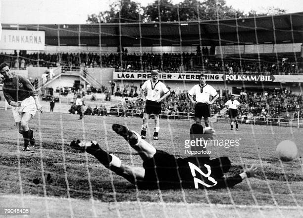 World Cup Third Place PlayOff Gothenburg Sweden 28th June France 6 v West Germany 3 Raymond Kopa scores a goal past West German goalkeeper...
