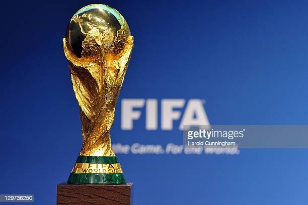 1,716点のFifaワールドカップトロフィーのストックフォト - Getty Images