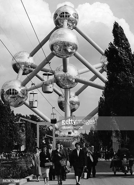 World exhibition Brussels 174 The atomium a hughe model of an iron molecule july 1958