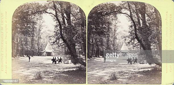 North American wigwam Publisher of the Vienna Photographers Association Stereo photograph Weltausstellung Wien 1873 Nordamerikanischer Wigwam Verlag...