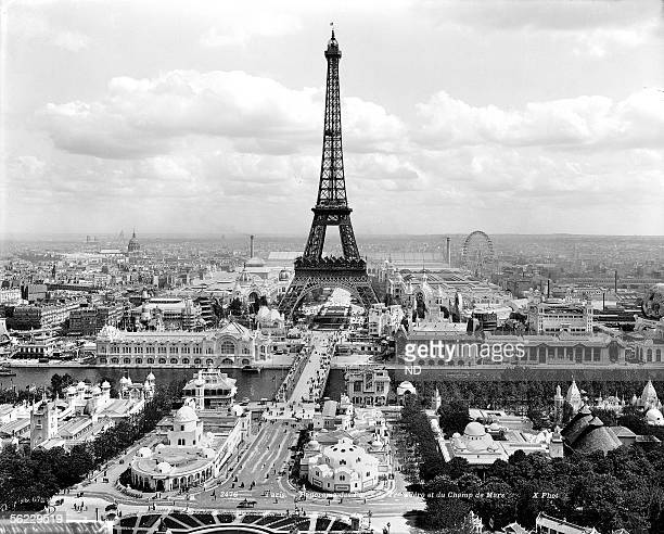 World Fair of 1900 Paris Panorama of the gardens of Trocadero and ChampdeMars