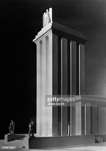 World fair Paris modell of the German pavilion detail of the tower architect Albert Speer 1937 Photographer PresseIllustrationen Heinrich Hoffmann...