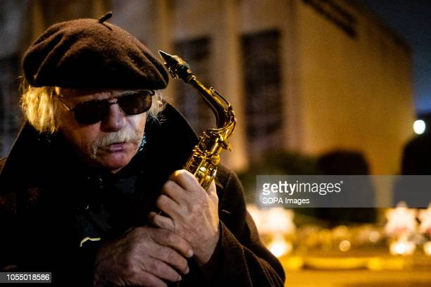 World famous bebop alto saxophonist Richie Cole came to play Pure Imagination in support of the community After the tragic shooting in Pittsburgh PA...