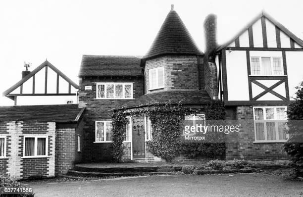 World famous snooker star Irishman Alex Higgins's new home in Prestbury Cheshire 19th December 1985