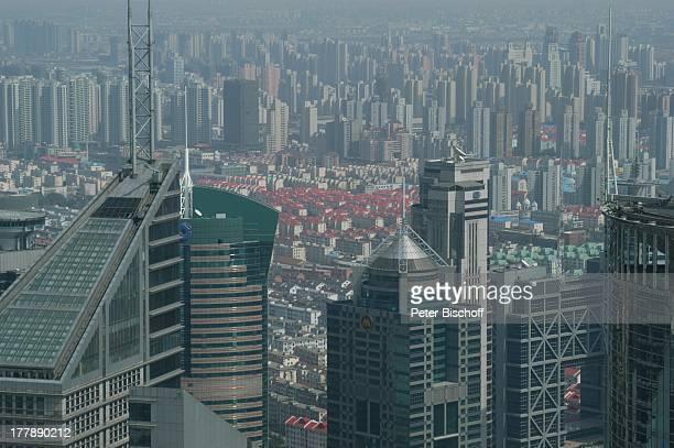 World Financial Center Hotel Mariott Shanghai Sicht auf Shanghai Blick vom Oriental Pearl Tower Stadtteil Pudong Shanghai China Asien Aussicht...