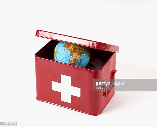 世界最初の援助 - 赤十字社 ストックフォトと画像