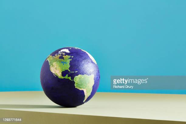 a world globe centred on the americas - richard drury stock pictures, royalty-free photos & images