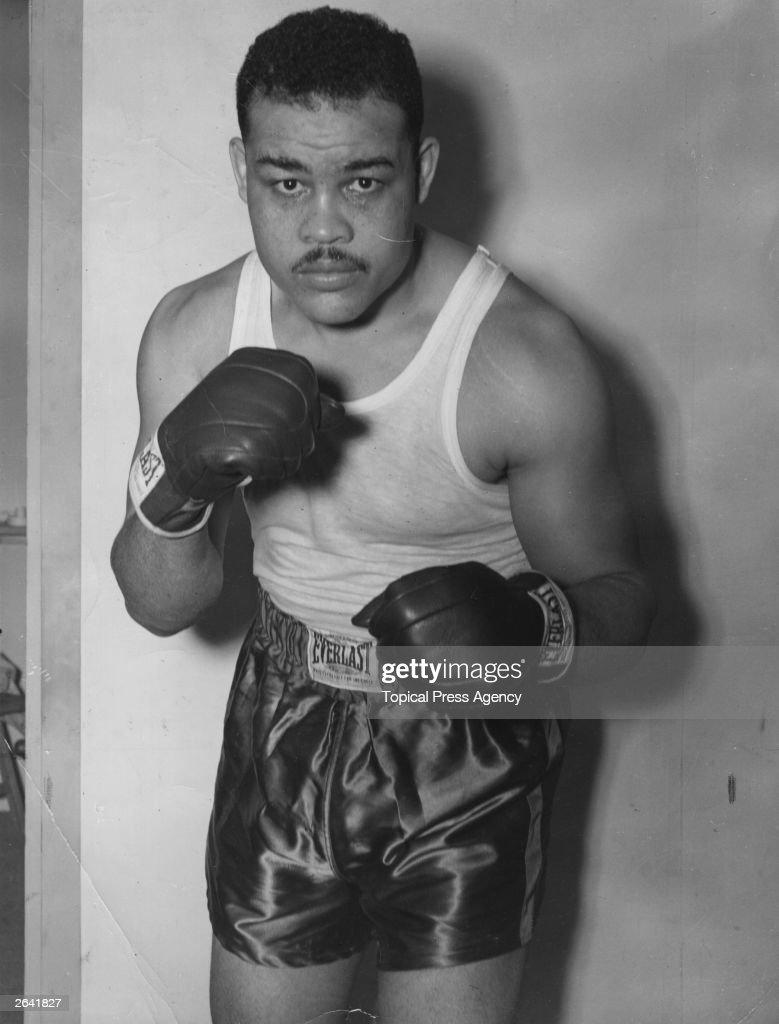 08 Apr  US Boxer Joe Louis Barrow dies at 67