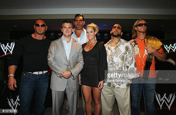 WWE World Heavyweight Champion Batista WWE Executive Vice President Shane McMahon and WWE wrestlers The Great Khali Michelle McCool MVP and Edge pose...