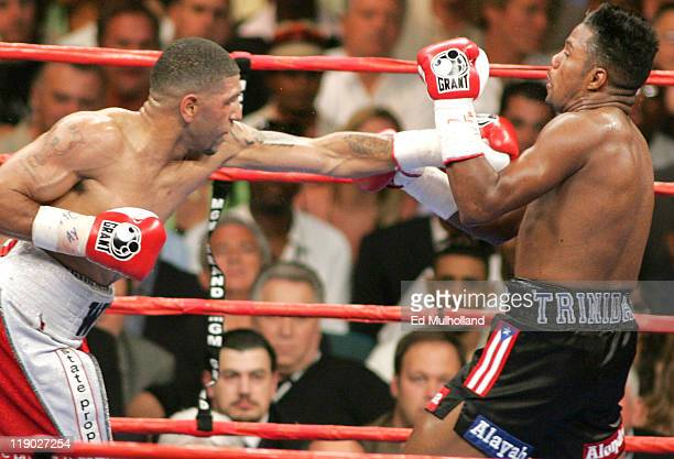 World Junior Middleweight Champion Ronald Winky Wright and Felix Tito Trinidad trade punches during their middleweight fight at the MGM Grand on...