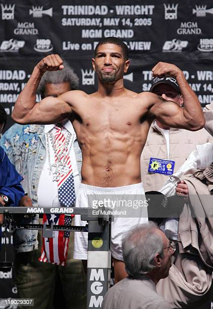 World Junior Middleweight Champion Ronald Winky Wright weighs in for his fight against middleweight contender Felix Tito Trinidad The fight will take...