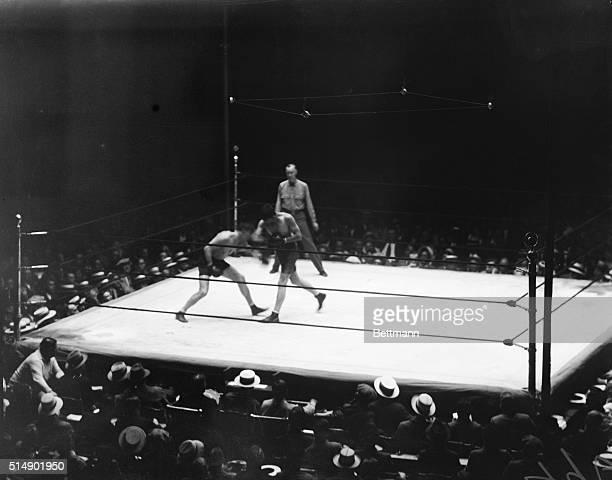 World light heavyweight champion Tommy Loughran boxing against James Braddock at Yankee Stadium