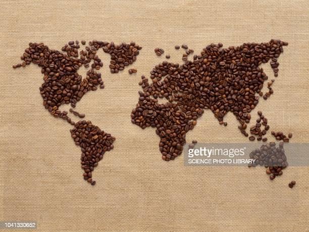 world map made from coffee beans - fondo marrón fotografías e imágenes de stock