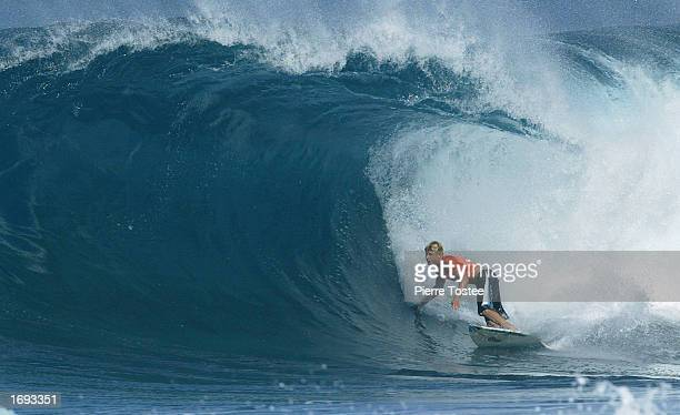 ASP world number five Mick Fanning of Australia riding the pipeline was the highest placed Australian at the Xbox Pipeline Masters on the North Shore...