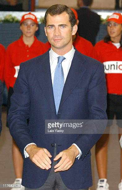 World Number One Tennis Player Juan Carlos Ferrero of Spain Defeated Chilean Nicolas Massu