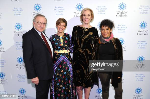 World of Children CoFounder Event CoChair Harry Leibowitz Board of Governors' Award Honoree President and CEO EditorinChief Glamour Cindi Leive World...