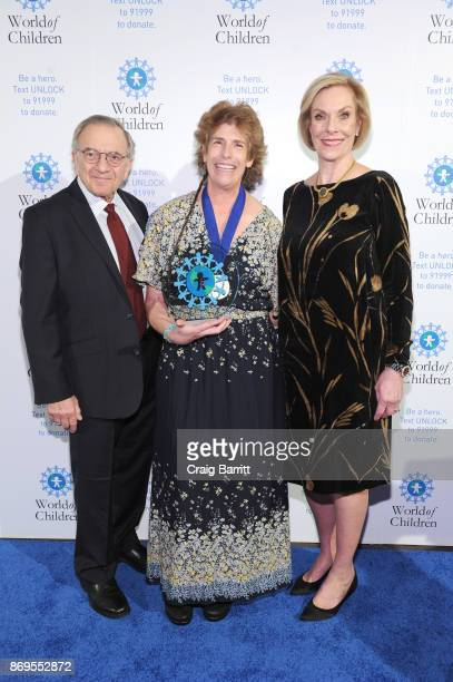 World of Children CoFounder Event CoChair Harry Leibowitz World of Children 2017 Humanitarian Award Founder Makindu Children's Program Winnie Barron...