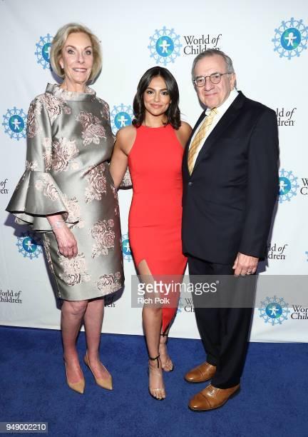 World of Children CoFounder Kay Isaacsonleibowitz Bethany Mota and World of Children CoFounder Harry Leibowitz attend the 2018 World of Children Hero...