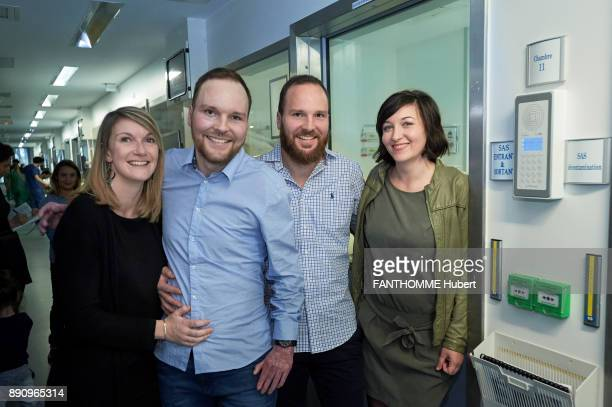 World premiere for the team of the hospital Saintlouis in Paris in a skin transplant operation a big bury saved by his twin brother Franck...