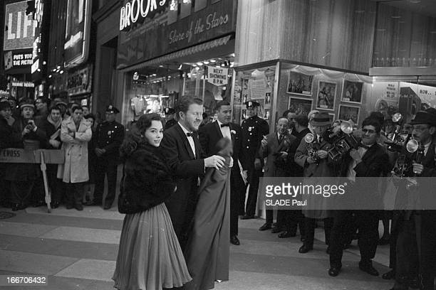 World Premiere Of Film 'BenHur' By William Wyler In New York Le 18 novembre 1959 aux Etats Unis sur Braodway avenue au Loew's State à l'occasion de...
