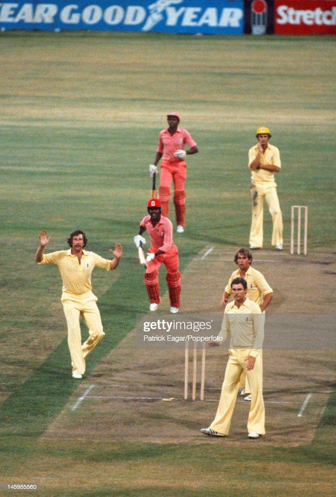 World Series Cricket Sydney 1979 Australia v West Indies... : ニュース写真