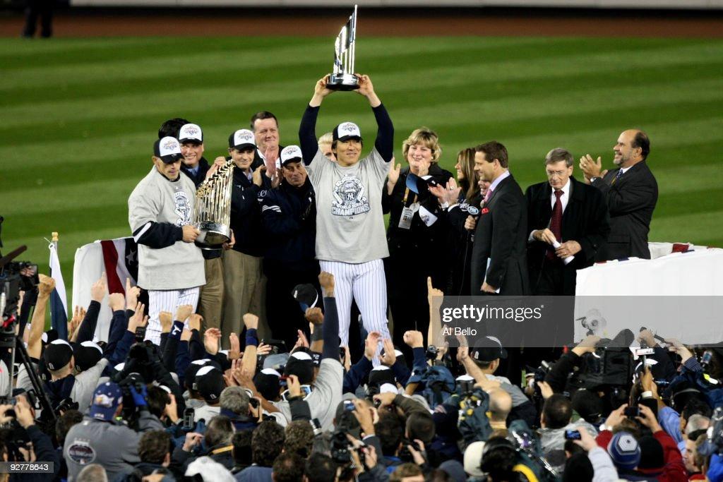 Philadelphia Phillies v New York Yankees, Game 6 : ニュース写真