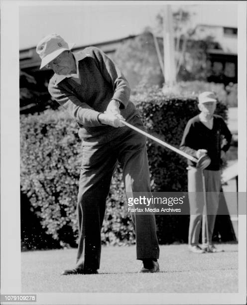 Bert Hughes tees off on the 1st Moses David October 20 1986