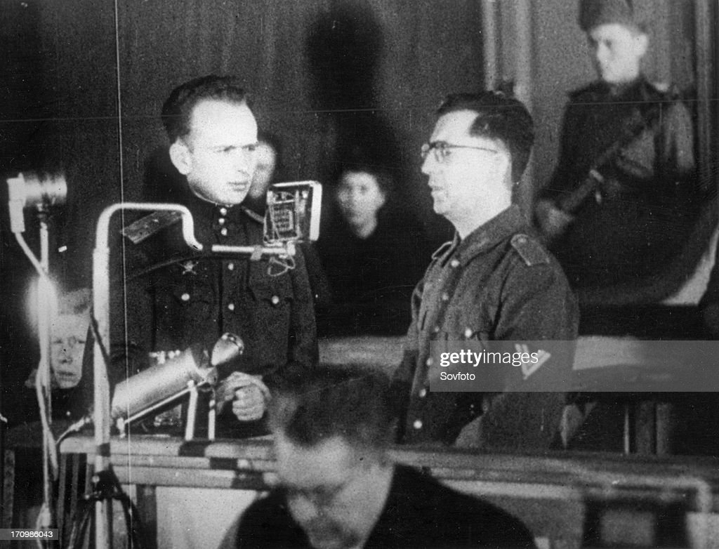 World war 2, december 15, 1943, still from a film on the kharkov trial produced by artkino, reinhard retzlaw testifying to the details of his crimes. : Nachrichtenfoto