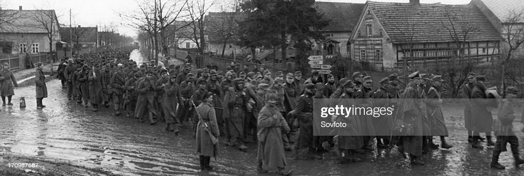 https://media.gettyimages.com/photos/world-war-2-german-pows-in-breslau-poland-taken-by-soviet-troops-picture-id170987587