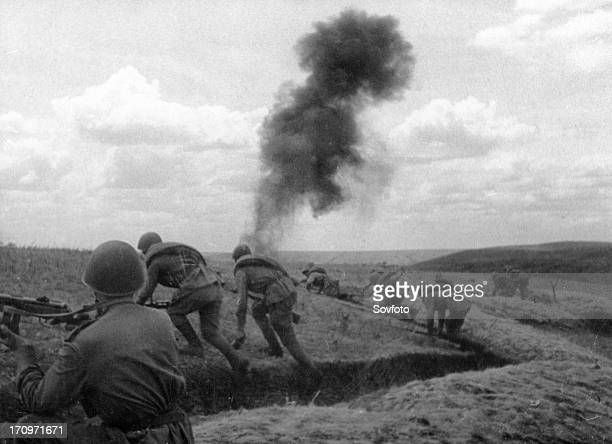 World war 2 july 1943 southwest of voroshilovgrad guardsmen going into attack