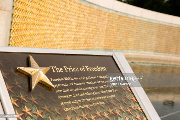 world war 2 memorial in washington dc - national world war ii memorial stock pictures, royalty-free photos & images