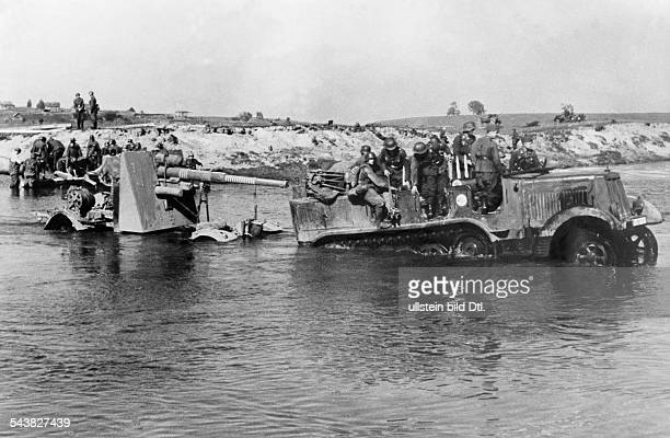 2 World War campaign againt soviet union eastern front theater of war Motorized heavy antiaircraft gun crossing a river October 1941BZ