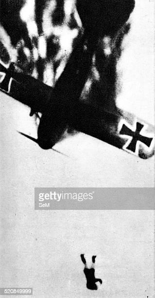 World War I 1914 1918 1915 Germany in the war A German plane crashing