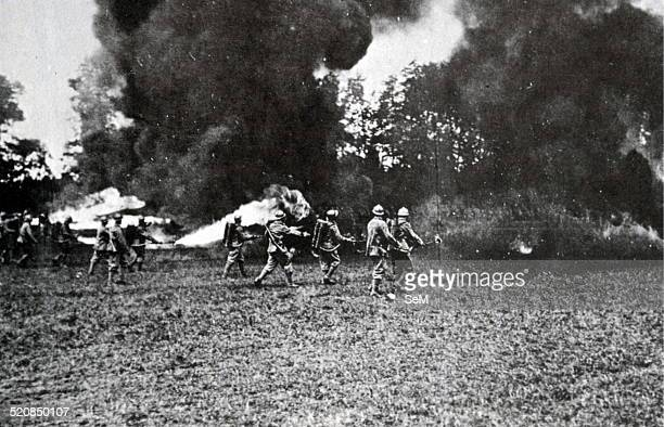 World War I 1915 1918 Italy-Offensive Vittorio Veneto 1918 Arditi Italian special forces assault, armed with flamethrowers while assaulting a trench...
