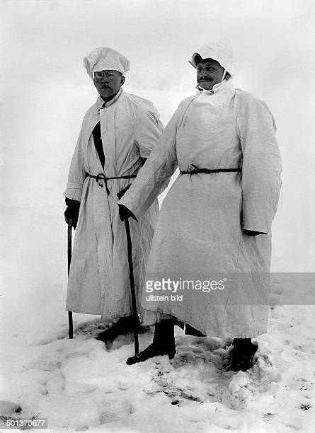 German soldiers in white winter coats probably in Masuria or Masovia beginning of 1915 Photo Kuehlewindt