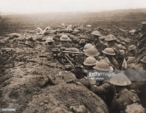 World War I Front Ouest Second line trench of the British army during the battle of Menin road In 1917