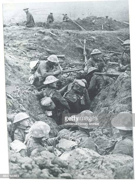 The British 'push' in Flanders troops dug in along the road to Ypres November 1914