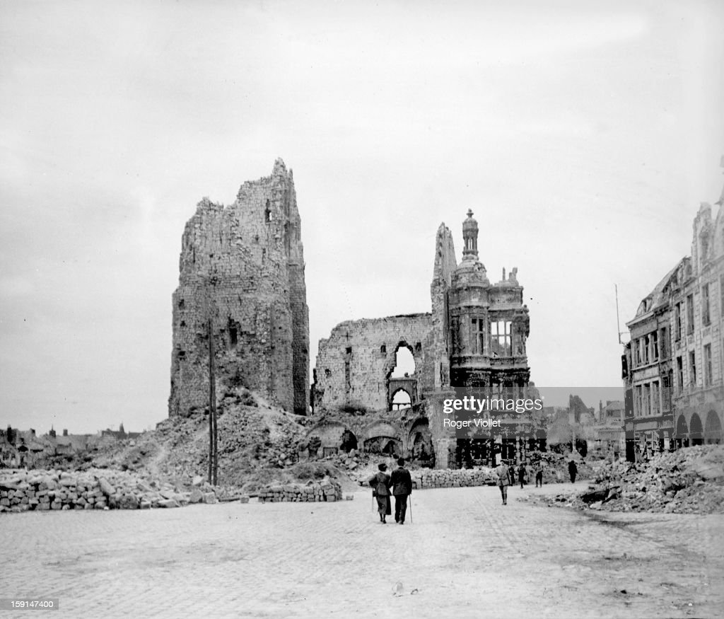 World War I, The town hall and the belfry of Arras in ruins, seen from the main square (Pas-de-Calais).