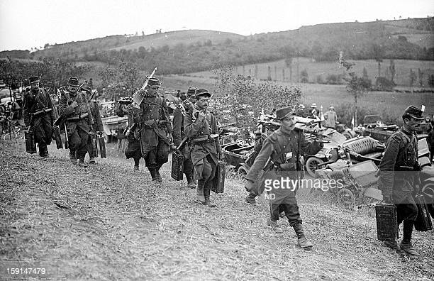 World War I Troops transported by taxi to the front lines of the Marne Battle in September 1914