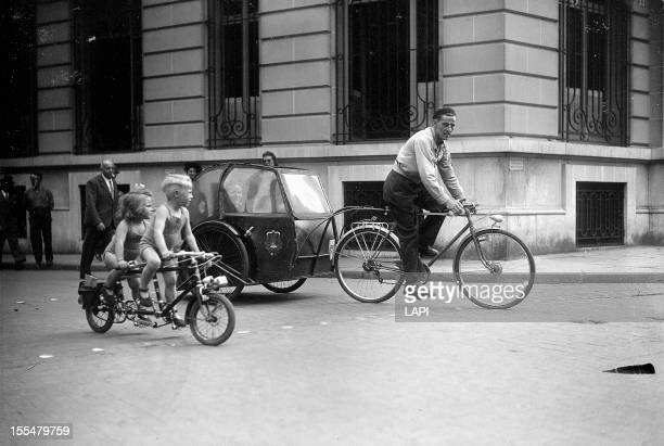 World War II Cycletaxi and tandem for children Paris July 1944