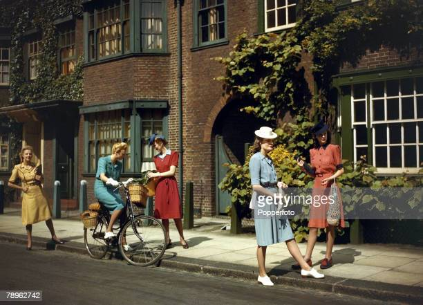 World War II, Fashion, pic: June 1943, Models wearing Berketex utility fashions designed by Norman Hartnell